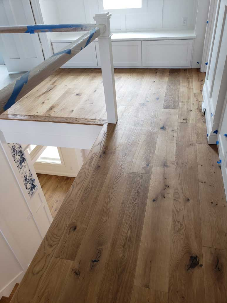 Gorgeous wide Plank Engineered Wood